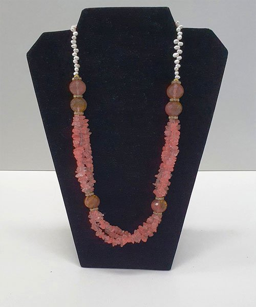 Necklace Scattered Arts